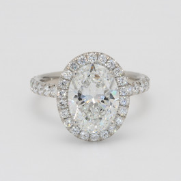 2.5 Carat Oval Diamond Halo Engagement Ring in Platinum