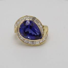 11.43 CT Tanzanite Gemstone and Diamond Fashion Ring