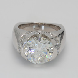 7.85Ct Round Brilliant Diamond Mens' Ring