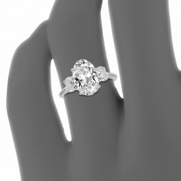 Custom Oliva Collection Setting with Oval Diamond Center
